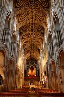 220px-Norwich_Cathedral_interior