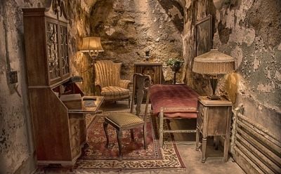 Al Capone's furnished prison cell in Eastern State Penitentiary
